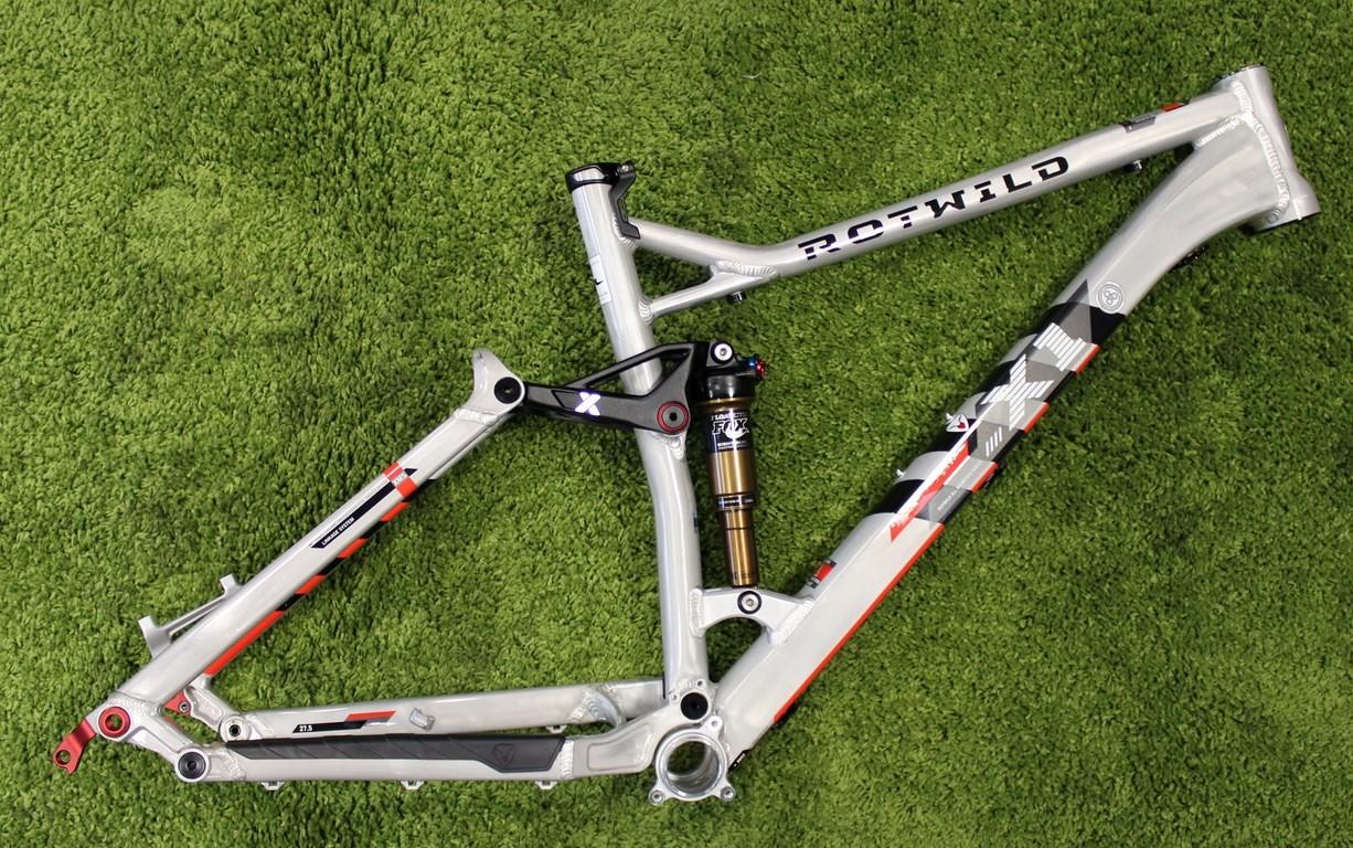 E1 FS 27.5 Rahmen 2014 - Schaltwerk Bikes