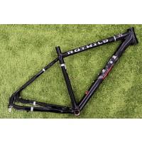 T1 Rahmen schwarz